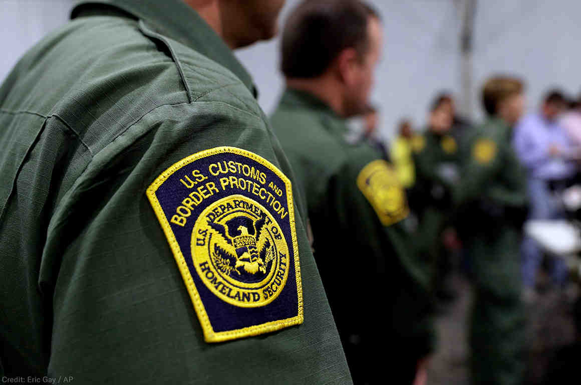 CBP agents. Photo by Eric Gay, AP